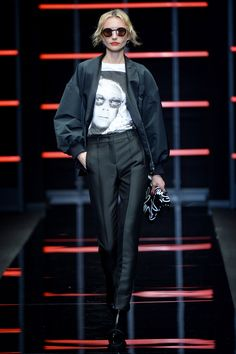 See all the looks from the show Fall Trends, Emporio Armani, Fashion News, Photos, Style, Swag, Pictures, Outfits