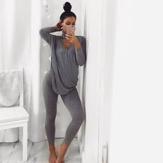 lazy day outfits for winter Lazy Day Outfits, Chill Outfits, Everyday Outfits, Casual Outfits, Cute Outfits, Cute Lounge Outfits, Winter Outfits, Loungewear Outfits, Sleepwear & Loungewear