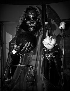 Santa Muerte - a lovely interpretation of her.