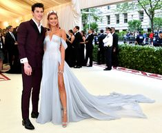 OMG, Hailey Baldwin and Shawn Mendes Confirmed Their Relationship at the Met Gala - Cosmopolitan.com