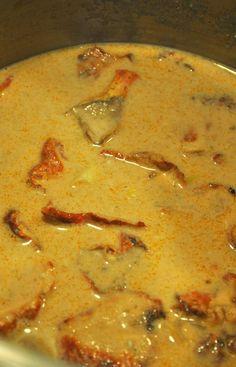 Mushroom Bisque, Lobster Mushroom, Mushroom Recipes, Veggie Recipes, Vegetarian Recipes, Vegan Soups, Vegan Dishes, Vegan Meals, Vegan Food