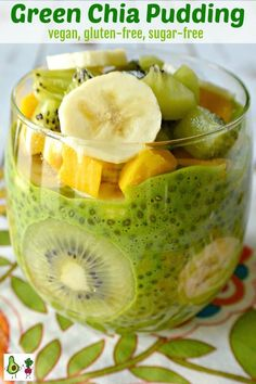 Green Chia Pudding is perfect for a nutritious breakfast, a satisfying snack, or a sugar-free dessert. It's easy to make with only a few ingredients. And this recipe is naturally vegan and gluten-free. #chiapudding #chia #chiaseeds #breakfast #snack #dessert #spinach #fruit #dates #sugarfree #glutenfree #vegan #vegetarian #healthy #recipe