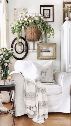 Spring refreshes to a farmhouse living room. French Country Living Room, French Country Decorating, French Country Wall Decor, French Cottage Decor, Country Chic Decor, Rustic French Country, French Farmhouse Decor, French Country Furniture, Cottage Style Decor