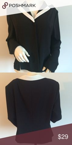 "Jones NY Jacket Dressy blazer. Great paired with dress pants or a pencil skirt. Size 16. 100% polyester.  Measures 25"" from shoulder to bottom hemline. Jones New York Jackets & Coats Blazers"