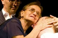 Ci lascia una madre amorevole Angela Crisafulli. Una vita spesa nella battaglia per i diritti del... http://www.ricordidivita.it/articolo-angela-crisafulli-catania-32464.html