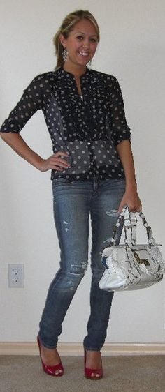1. Blue skinnies + blue dots shirt + red pumps + cream bag