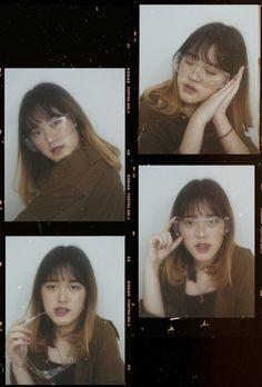 photoshoot at home ideas, ulzzang girl, korean girl, aesthetic pict, tumblr, kodak portra frame, 4 square Polaroid Picture Frame, Polaroid Pictures, Picture Frames, Instagram Frame Template, Kodak Photos, Overlays Picsart, Collage Background, Kodak Film, Senior Girl Poses