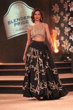 Gurgaon: Actress Esha Gupta showcases fashion designer Neeta Lulla's creations  at the Blenders Pride Fashion Tour 2014, in Gurgaon, on Nov 23, 2014. (Photo: Amlan Paliwal/IANS)