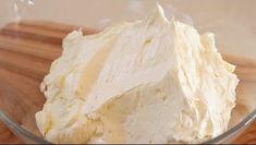 cream recipe # How to make butter cream (Very easy recipe) how to make soft and delicious buttercream / swiss meringue buttercream Let's make delicio. Cheesecake Frosting, Frosting Recipes, Cake Recipes, Dessert Recipes, Milk Powder Recipe, Basic Cake, Food Wishes, Swiss Meringue Buttercream, Dessert Bread