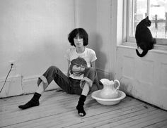 Classic Alternative ‏@altclassic  TWITTER Patti Smith By: Robert Mapplethorpe