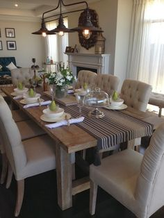 If You Want to Be a Winner, Change Your Dining Room Lighting Now! Dining room inspiration: Today we are going to present you the best dining room lighting ideas for your mid-century modern house. Farmhouse Dining Room Table, Dining Room Table Decor, Dining Table Design, Dining Room Walls, Decor Room, Dining Room Furniture, Rustic Table, Dining Tables, Room Chairs