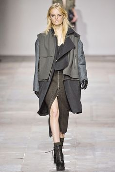 This coat situation is almost too much with all of those layers, but I really dig it anyway.  #TopShopUnique #LFW