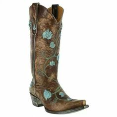 #cowgirl style #want these boots