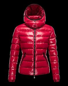 #monclerwomenhoodedjacket #monclerwinterjacketforwomens Moncler Women Bady Hooded Jackets Red,Slim waist style with warm and comfortable.