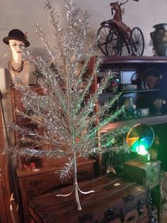 Aluminum Tree and color wheel