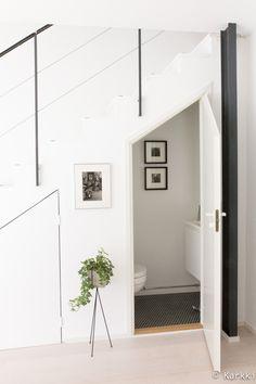 remontti,portaat,portaikko,kaide,wc