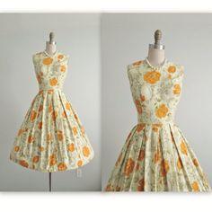 50's Floral Dress // Vintage 1950's Novelty Print Gold Rose Cotton Garden Party Full Summer Dress L