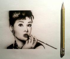 Audrey Hepburn Airbrush Art, Audrey Hepburn, Portrait, Headshot Photography, Portrait Paintings, Drawings, Portraits