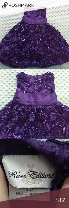 Little girls size 3T purple sparkle gown Little girls size 3T purple sparkle gown 3d design with sparkle. Dresses
