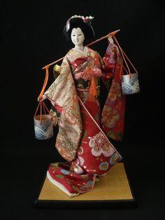 Hina Dolls, Anime Dolls, Art Dolls, Japanese Geisha, Vintage Japanese, Japanese Doll, Japanese Traditional Dolls, Geisha Art, Kimono Japan