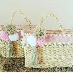 Bag Tutorial and Ideas Sacs Tote Bags, Diy Tote Bag, Basket Bag, Ikea Basket, Crochet Backpack, Ethnic Bag, Boutique Decor, Straw Handbags, Art Bag