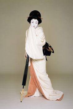 National Living Treasure of Japan as an Kabuki actor, BANDO Tamasaburo.