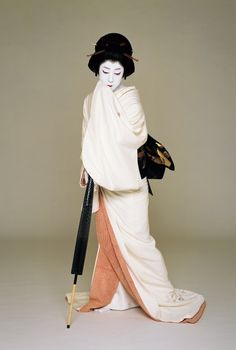 National Living Treasure of Japan as an Kabuki actor, BANDO Tamasaburo.