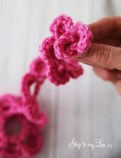 easy crochet flower tutorial