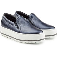 Brunello Cucinelli Platform Slip On Sneakers (3.250 BRL) ❤ liked on Polyvore featuring shoes, sneakers, blue, blue sneakers, leather slip on sneakers, leather slip on shoes, metallic slip-on sneakers and platform shoes