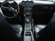 240Z Interior - classic.