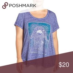 NEW Lucky Brand Graphic Tee HAMSA Top Purple 1x NEW Lucky Brand Womens Shirt Lotus Palm Gold Graphic Tee HAMSA Top Purple 1x              Lucky Brand's plus size hamsa graphic T-shirt gives off only good vibes. 	•	Scoop neckline 	•	Pullover styling 	•	Short sleeves 	•	Hamsa hand graphic at front 	•	Unlined 	•	Hits at hip 	•	Rayon/spandex 	•	Machine washable 	•	Imported 	•	Web ID: 2872624 Lucky Brand Tops Tees - Short Sleeve