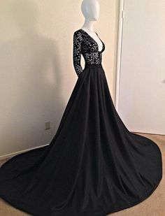 Beautiful Prom Dress, black prom dresses lace prom dress sexy prom dress sleeves prom dresses charming formal gown high low evening gowns black party dress prom gown for teens Meet Dresses Elegant Dresses, Pretty Dresses, Formal Dresses, Dresses 2016, Lace Dresses, Formal Prom, Wedding Robe, Black Wedding Gowns, Ivory Wedding
