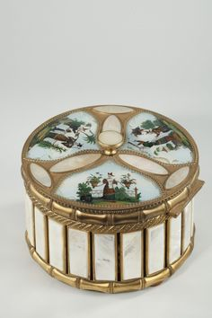Mother-of-pearl and gilt bronze perfume casket with oriental decoration #antique #vintage #box
