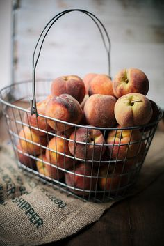 I don't know, but there's just something about a basket of fruit that makes you feel happy! Fruit And Veg, Fruits And Veggies, Fresh Fruit, Food Styling, Food Photography, Good Food, Food And Drink, Peaches, Jars