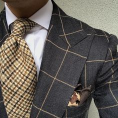 Men's Fashion – How to Nail Office wear – Designer Fashion Tips Sharp Dressed Man, Well Dressed Men, Mens Fashion Suits, Mens Suits, Windowpane Suit, Suit Combinations, Style Masculin, Bespoke Suit, Elegant Man