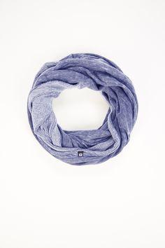 The Eclipse Infinity Scarf en Haze Snow Wash - Ropa deportiva Fabletics foulard, bufanda