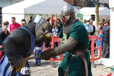 Knights In Battle demonstrated combat.