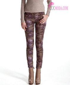 Koton Pantolon Şort Modelleri 2013 - http://3xmoda.com/pantolon/koton-pantolon-sort-modelleri-2013.html - Bu yazımızda sizlerle beraber Koton Pantolon Şort Modelleri 2013 koleksiyonunu inceliyoruz. Bakalım 2013 yılı için koton bizler için nasıl bir koleksiyon hazırlamış. Koton markası bana göre en çok ilgiyi elbise modelleri koleksiyonu ile çekiyor ve çekmeye devam edecek. Tabiki...