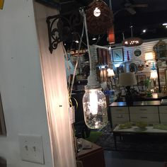 Mason jar pendant light with eddison bulb