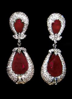 Earrings ruby and pave diamond
