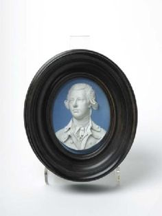 William Pitt portrait medallion at the Museum of London collections online.