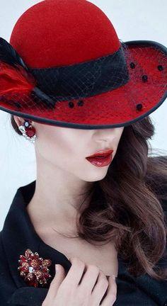 cfa956deed9 b44669f38c33714aa8d1ddbf6d780c98.jpg 524×960 pixels Red Hat Society