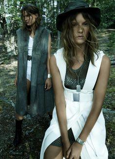 Sara Blomqvist & Lena Hardt by Paola Kudacki for Vogue Spain November 2014 [Editorial]