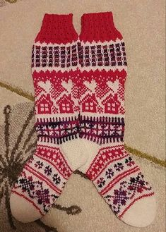 Knitting Socks, Knitting Stiches, Knitting Patterns, Fair Isle Pattern, Fair Isle Knitting, Christmas Knitting, Knit Or Crochet, Crafts To Do, Tights