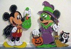 2pc Mice Cape Witch Halloween Yard Art Decoration