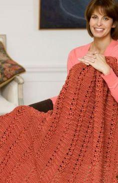 Trefoil Throw - free Red Heart crochet pattern by Darla J. Crochet Afgans, Knit Or Crochet, Crochet Crafts, Crochet Hooks, Crochet Baby, Crochet Projects, Crochet Blankets, Afghan Crochet Patterns, Knitting Patterns Free