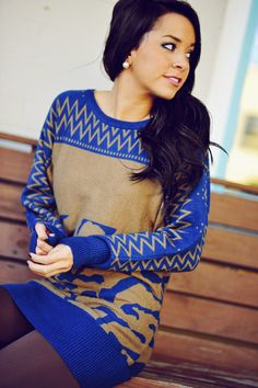 Never Leaving The Cabin Sweater: Blue | Hope's