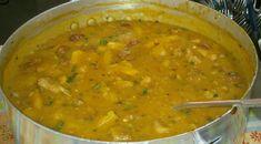 Receita de Sopa de mandioca com carne de porco Modo de preparo: Rapido e Facil! Confort Food, Verde Recipe, Curry, Veggies, Soup, Meals, Ethnic Recipes, 1, Pernil