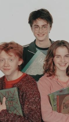 Harry James Potter, Magie Harry Potter, Mundo Harry Potter, Harry Potter Tumblr, Harry Potter Hermione, Harry Potter Pictures, Harry Potter Universal, Harry Potter Characters, Harry Potter World