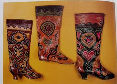 Russian folk boots. To DIE for! <3